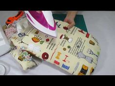 Reutiliza los retales _ tabla auxiliar de plancha pequeña - YouTube Home Appliances, Mini, Youtube, Scrappy Quilts, Ironing Boards, Dressmaking, Boards, Cleaning, Tools