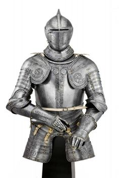 A NORTH ITALIAN ETCHED LIGHT CAVALRY ARMOUR, CIRCA 1560-80