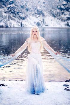 Frozen Cosplay, Elsa Cosplay, Disney Cosplay, Disney Costumes, Elsa Photos, Elsa Pictures, Cute Disney Pictures, Cosplay Outfits, Cosplay Costumes