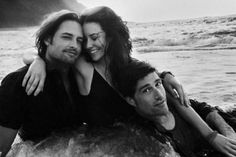 "Josh Holloway, Evangeline Lilly and Matthew Fox... I wish I were her to be in ""Sawyer's"" arms ..."