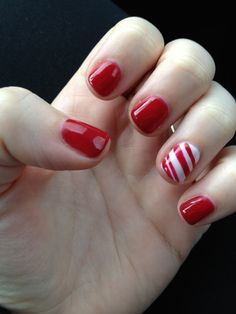 Winter nails red and white