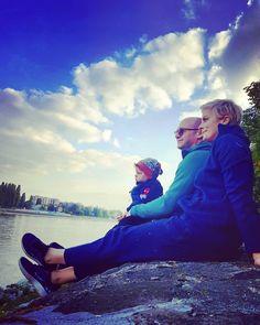 """452 kedvelés, 2 hozzászólás – Tatár Csilla (@csillatatar) Instagram-hozzászólása: """"#kiscsalád😊❤"""""""