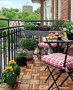 wood tiles on the balcony