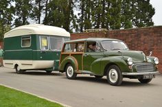 1971 Morris Minor Traveller and Viking Fibreline Vintage Campers Trailers, Vintage Caravans, Camper Trailers, Vintage Rv, Vintage Vans, Campers World, Morris Traveller, Classic Campers, Small Trailer