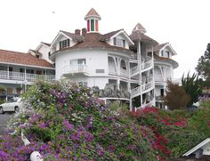 San Luis Obispo, CA - Madonna Inn - nice place to stay, have dinner or a sweet treat 2006