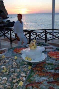 Sea front wedding reception in Sicily  weddings@truexperience.ie