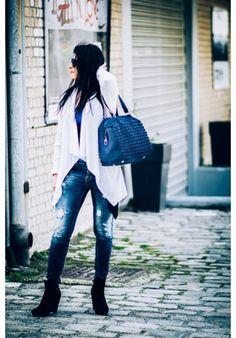 Be glamorous every day! Tote Bags, Glamour, Blue, Fashion, Moda, La Mode, Carry Bag, Fasion, Fashion Models