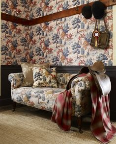 A show-stopper of a fabric and wall covering. The Sporting Life collection takes inspiration from quintessential English pastimes and pursuits. Wallpaper - LW23/3 - Biscuit.