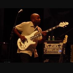 Nathan East....one of the best bass players in the world.