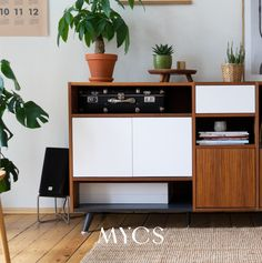 """Are you interested to hear more about tips for moving in and what other furniture @nachgestern and Martin have at their new home? Then check online on mycs.com """"Mein Stil. Mein Design"""". #meinstilmeindesign #monstylemondesign #designedbyme #mymycs #mycs #MYCSdesign #interiordesign #interiorstyle #sofadesign #greensofa Famous Furniture Designers, Interior Styling, Interior Design, Eclectic Design, Classy Chic, Rustic Charm, Sofa Design, Sideboard, Mid-century Modern"""