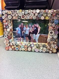 diy picture frame! made of rolled up magazine strips.