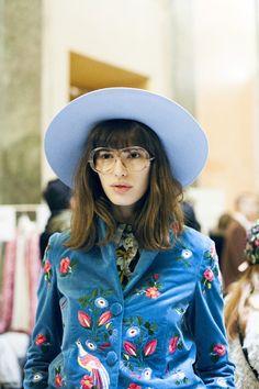 Embroidered blazer and wide-brim hat – Fashion Trends - AzZKey Fashion Week, Look Fashion, Fashion Details, High Fashion, Fashion Beauty, Winter Fashion, Fashion Show, Womens Fashion, Fashion Trends