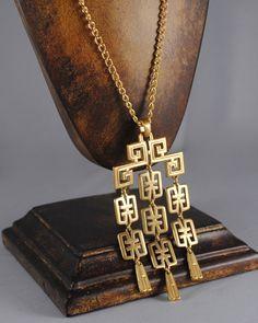 Trifari Vintage Necklace Trifari Pendant Chandelier Pendant 1960s Trifari Necklace Trifari Jewelry by ErikasCollectibles on Etsy https://www.etsy.com/listing/130158866/trifari-vintage-necklace-trifari-pendant