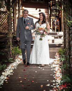 Katie and her father on the aisle at Hidden Creek, Pine Rose Cabins' forest wedding venue  Photo by Zook Photography Flowers by Jasmine Rose   #forestweddingvenue #LakeArrowhead