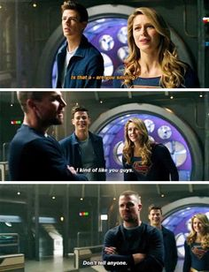 Barry, Kara and Oliver in Elseworlds - Top SuperHeroes Arrow Funny, Arrow Memes, Superhero Shows, Superhero Memes, Arrow Tv Series, Cw Series, Supergirl Superman, Supergirl And Flash, Arrow Flash