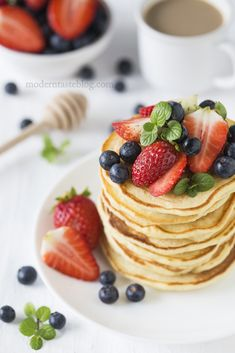 amerykańskie pancakes; klasyczne pancakes; pankejki; nalesniki; placki; śniadanie