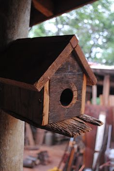 Woodcraft store woodworking gadgets,carpentry projects plans wood projects that make money,diy base kitchen cabinets diy large dog house plans. Bird House Feeder, Bird Feeders, Homemade Bird Houses, Wood Bird, Bird Boxes, Creation Deco, Garden In The Woods, Renting A House, Wood Crafts