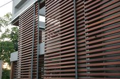 Mobile Sun Screens -'Brise Soleil'-control the amount of direct sun light that enters the house, limiting solar heat gain. A series of steel frame panels covered with redwood slats ro Privacy Screen Outdoor, Outdoor Blinds, Window Sun Screens, Bahama Shutters, Sliding Windows, Terrazzo, Cladding, Modern Architecture, Facade