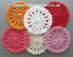 FREE crochet patterns for coasters. These crochet coasters come in all shapes and sizes, and can be used throughout the home and office. Many of these free crochet coaster patterns can also be used as appliques. Crochet Circles, Crochet Motifs, Crochet Round, Crochet Squares, Crochet Doilies, Granny Squares, Bag Crochet, Crochet Dishcloths, Thread Crochet