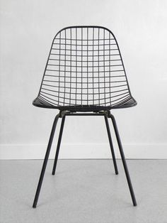 Vintage Eames Wire Side Chair, Herman Miller via Cathode Blue on Etsy.com http://www.etsy.com/shop/cathodeblue