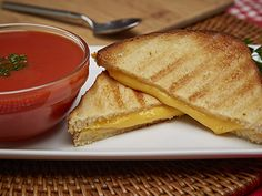 Grilled Cheese Recipe in the Micro Chef Grill from Tristar Products, Inc.