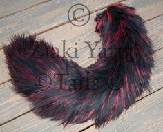 Yarn tail black & red