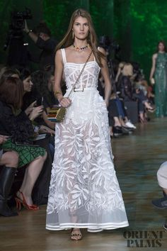 Elie Saab – 62 photos - the complete collection