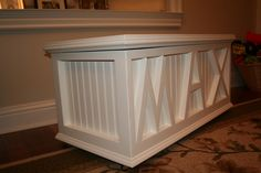 toy box plans | Hubby made this wonderful toy box for M that fits the majority of his ...