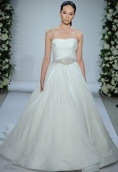 Dennis Basso Wedding Dresses Fall 2015: Bridal Fashion Week Photos!