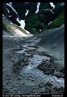 Grizzly bears fishing for salmon brooks falls katmai national park stream flows from the verdant hills into the barren floor of the valley of ten thousand smokes katmai national park alaska fandeluxe Gallery