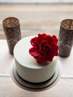 Wedding cake #weddings #bride #groom