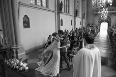 the kiss#  wedding photography by daniellekrijtenburg.nl