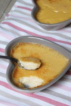 Si vous êtes à la recherche d'une idée de dessert simple, bon et rapide, j'ai la recette qu'il vous faut : des crèmes aux œufs au bon goût de vanille! Je dois bien avouer que j'ai l'habitude d'acheter des crèmes aux œufs toutes prêtes au supermarché, j'adore ça! Mais il y quelques mois de ça, … … Lire la suite →