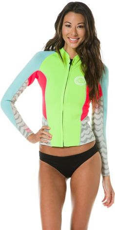 BILLABONG 2MM PEEKY JACKET  Gear  Wetsuits  Womens Surf Tops | Swell.com