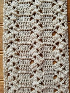 Rustic Lace Scarf - Highland Hickory Designs - Free Crochet Pattern Knitting PatternsKnitting For KidsCrochet ProjectsCrochet Baby Crochet Stitches Patterns, Crochet Designs, Stitch Patterns, Knitting Patterns, Knit Stitches, Knitting Tutorials, Knitting Ideas, Crochet Lace Scarf, Crochet Scarves