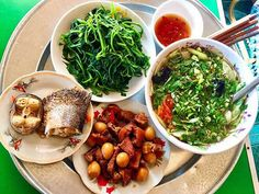 Vietnamese Cuisine, Vietnamese Recipes, Daily Meals, Seaweed Salad, Chana Masala, Banquet, I Foods, Meal Planning, Lunch Box