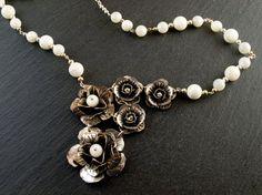 Collar Ópera Floral por PetraStoneJoyas en Etsy,