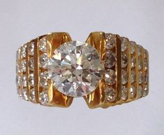 18k Yellow Gold Diamond Ring | August 6, 2016 Auction at Rafael Osona Auctions Nantucket, MA