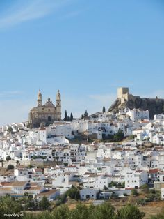 Roadtrip: mooiste witte dorpen route Andalusië - Map of Joy Olvera, Andalusie, Spanje - Map of Joy Andalusia Travel, Spain Travel, Andalucia, Andalusia Spain, Cool Places To Visit, Places To Go, Europe Travel Guide, Travel Tips, Cadiz