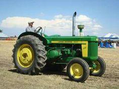JOHN DEERE 820 Diesel