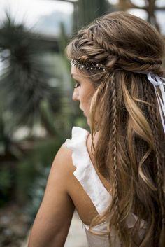 Love this hairstyle wedding hairstyles updo Wedding hairstyle, Wedding updo Wedding hairstyle trend, Bridal hair, Bridal inspiration, Wedding inspiration # brautfrisur Brautmode brautstyling brauthaare Veil Hairstyles, Wedding Hairstyles For Long Hair, Wedding Hair And Makeup, Hair Makeup, Hairstyle Wedding, Braided Bridal Hairstyles, Bohemian Wedding Hairstyles, Long Hair Wedding, Hippie Wedding Hair