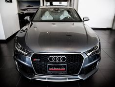 Enjoy a closer look at the stunning Audi RS7 in Daytona Grey Pearl Effect with Lunar Silver Interior and Matte Aluminum Optic Package (PHOTOS)