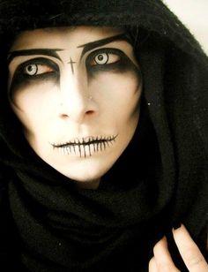 Dark, mysterious and scary! #scarymakeup #makeuptutorial #halloweenmakeup