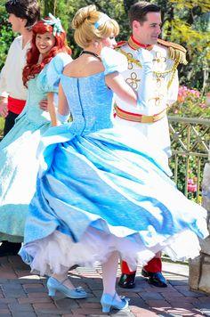 Cinderella and Charming from Cinderella & Eric and Ariel from The Little Mermaid Walt Disney, Disney Couples, Disney Magic, Disney Parks, Disneyland Princess, Aladdin Princess, Princess Aurora, Princess Dresses, Princess Bubblegum