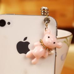 A very cute designed anti dust plug with a pinkish adorable bear. Bear is a very powerful and strong animal. This model of anti dust plug thus symbolizes your strong willingness to achieve the ultimate goal of your life. Find more from www.iphonejackplug.com