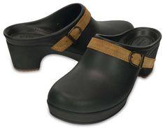 The Comfort Factor: Crocs Sarah Clog Defines Season's Hottest Trend for Women