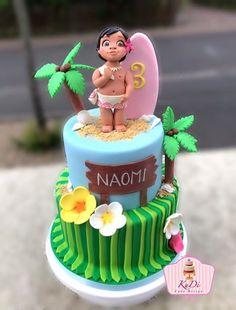 Moana Vaiana Cake Moana Theme Birthday, 4th Birthday Cakes, Luau Birthday, Frozen Birthday Party, Mohana Cake, Festa Moana Baby, Bolo Moana, Beach Cakes, Moana Party