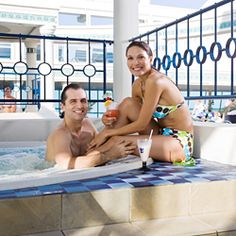 22 Do's and Don't's for Your First Day Onboard a Cruise Ship Bermuda travel tips traveling to bermuda Honeymoon Cruise, Bahamas Cruise, Cruise Travel, Cruise Vacation, Vacation Trips, Vacations, Shopping Travel, Disney Cruise, Bermuda Travel