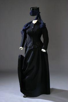 Dress Riding Habit: ca. 1860's, belonged to Queen Sofia (Nassau) of Sweden.