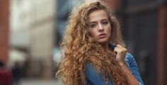 The Hottest Hacks Every Girl With Curly Hair Should Know